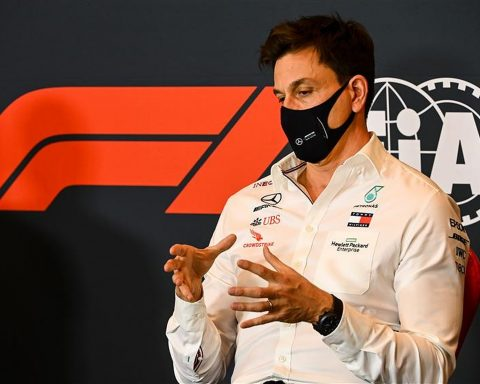Toto Wolff Mercedes F1 Team Boss - Formula1news.co.uk