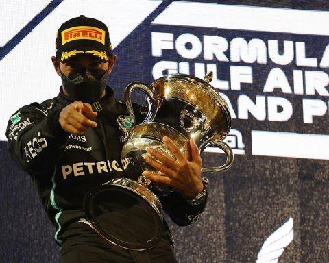 Lewis Hamilton wins 2021 Bahrain GP - Formula1news.co.uk