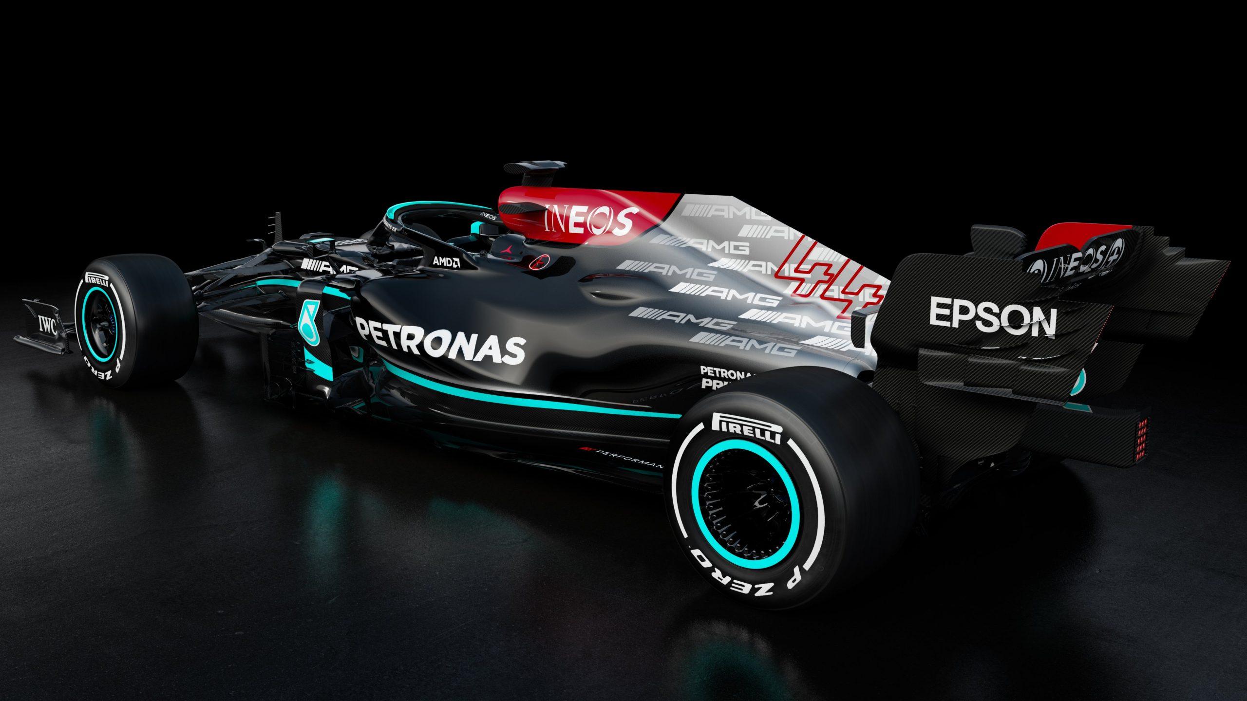 Mercedes-w12-4