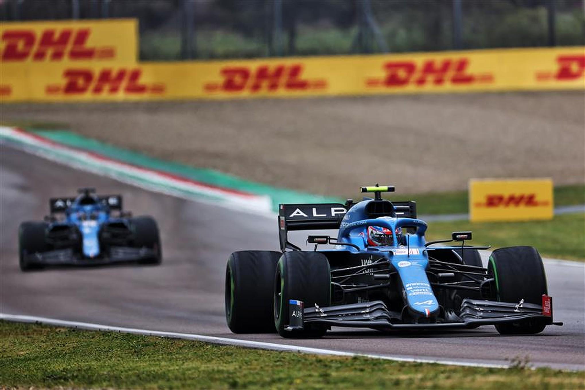 Alpine F1 Team at Imola in 2021 - Formula1news.co.uk
