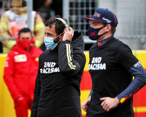 Daniel Ricciardo and Lando Norris at 2020 Turkish GP - Formula1news.co.uk