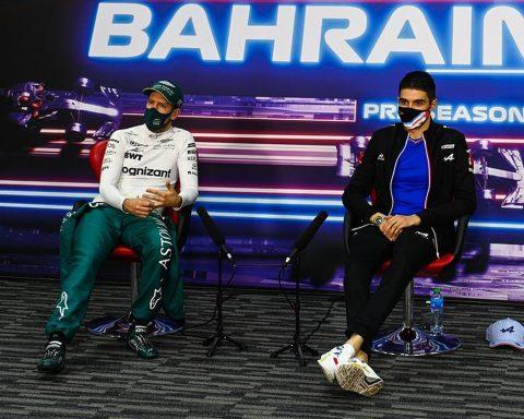 Esteban Ocon and Sebastian Vettel at Bahrain testing - Formula1news.co.uk