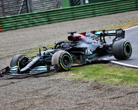 Lewis Hamilton after making a costly mistake at Imola - Formula1news.co.uk