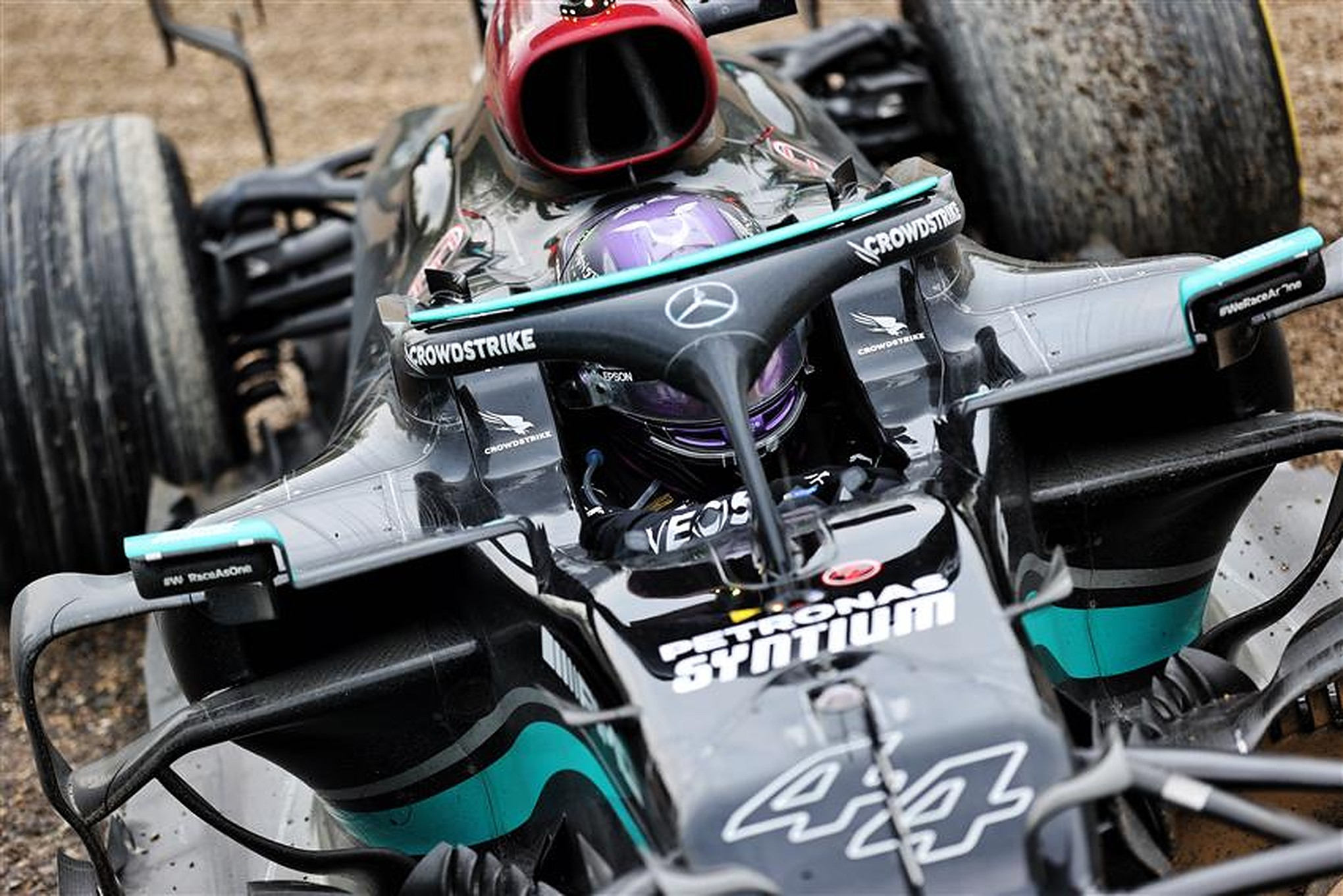 Lewis Hamilton in the gravel after making a mistake at Imola in 2021 - Formula1news.co.uk