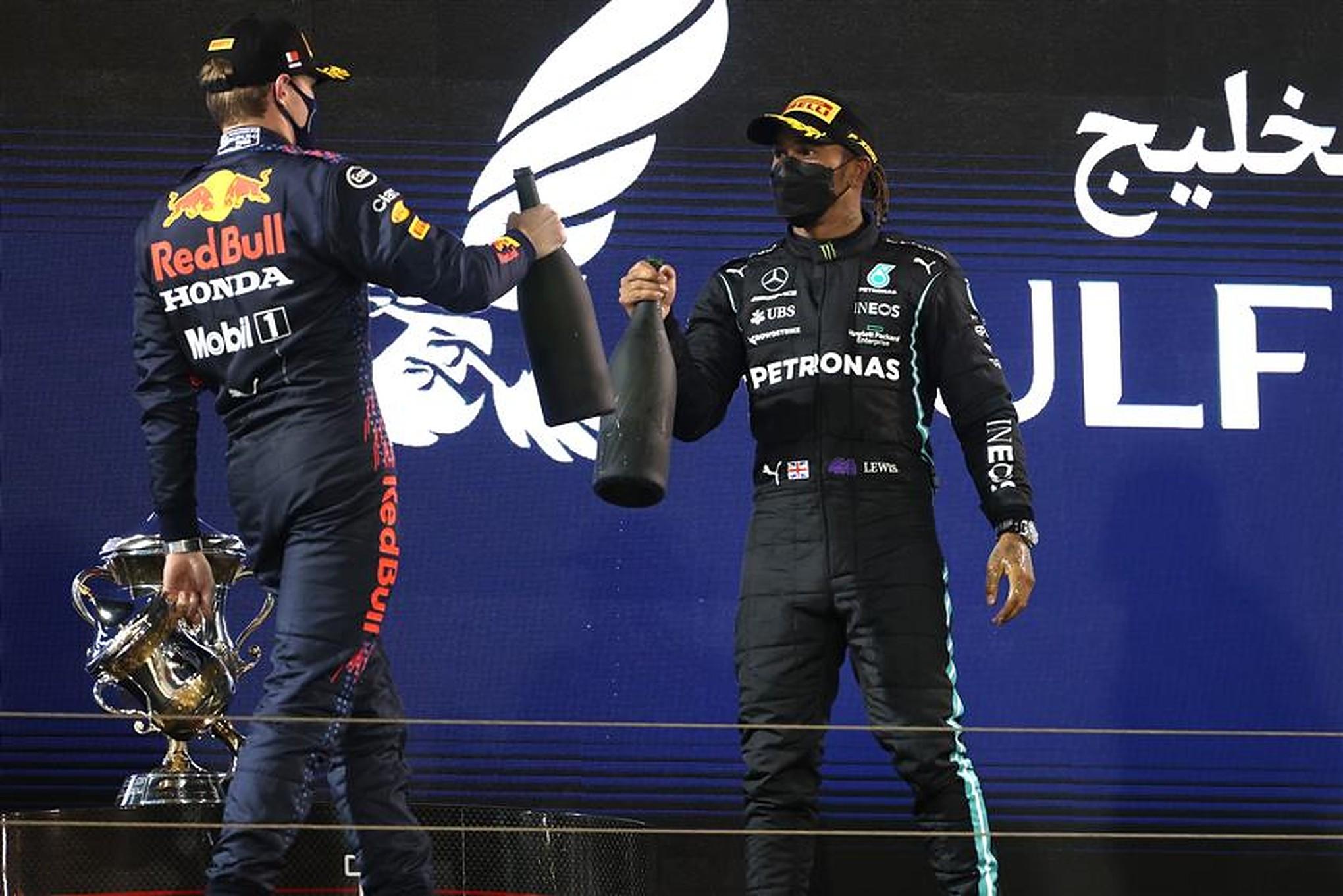 Max Verstappen and Lewis Hamilton at 2021 Bahrain GP - Formula1news.co.uk