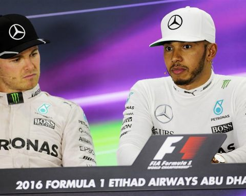 Nico Rosberg and Lewis Hamilton at Mercedes in 2016 - Formula1news.co.uk