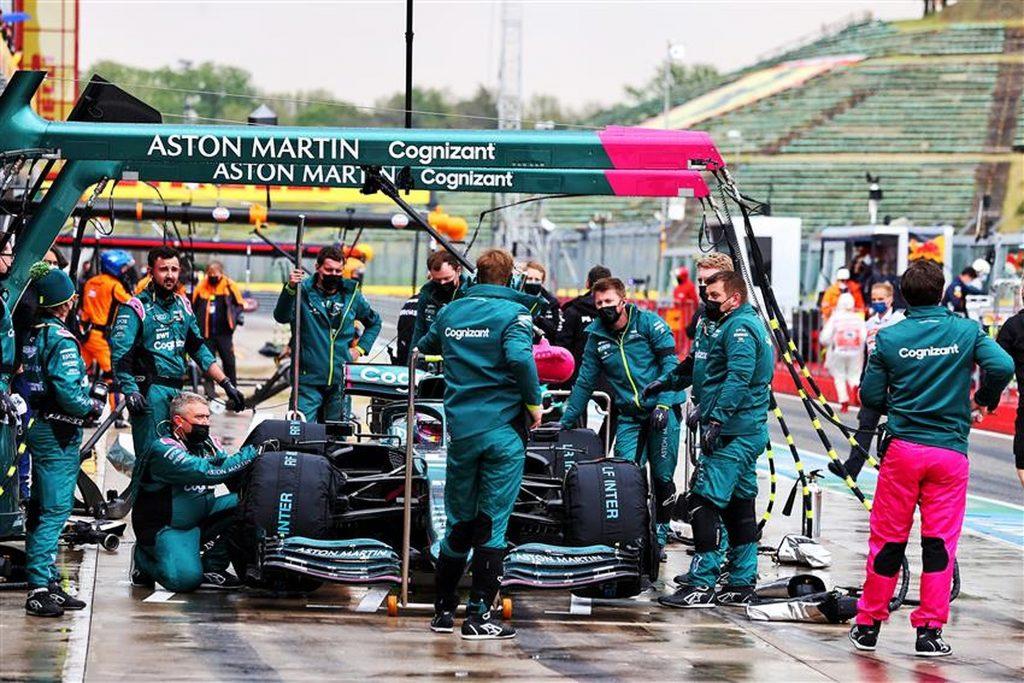 Sebastian-Vettel-in-the-pitlane-at-Imola-2021-Formula1news.co_.uk