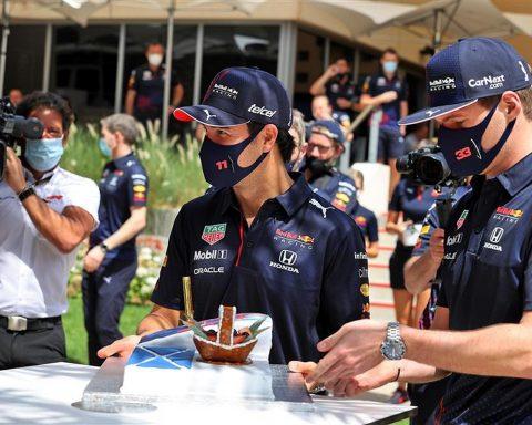 Sergio Perez and Max Verstappen at Bahrain - Formula1news.co.uk