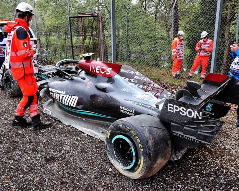 Valtteri Bottas' Wrecked Mercedes at Imola - Formula1news.co.uk
